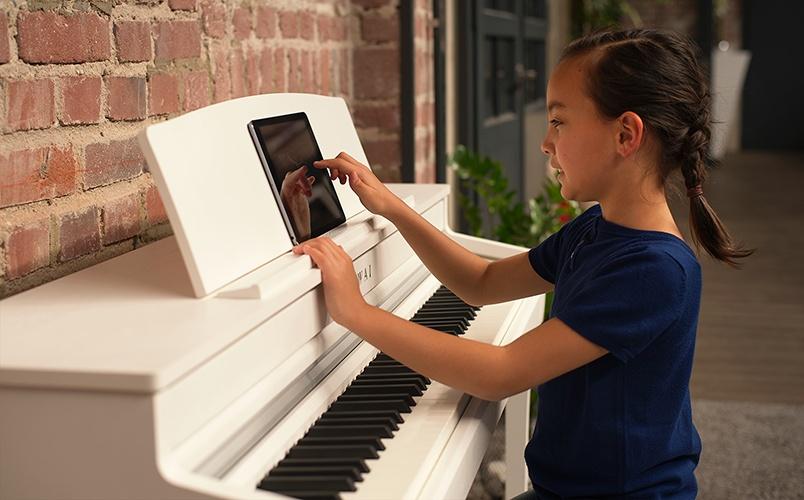 Kawai Concert Artist CA59 digital piano (Premium Satin White)